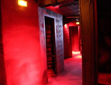 Cruising Hommes – Backrooms & Cabines