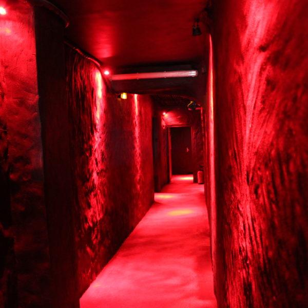 backrooms & cabines Hommes – Star City Paris